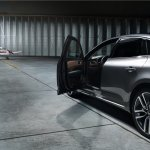 2016 Renault Talisman with door open unveiled