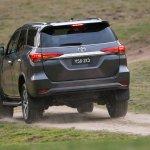 2016 Toyota Fortuner rear revealed Australian spec