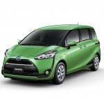 2016 Toyota Sienta front quarter unveiled in Japan