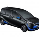 2016 Toyota Sienta front three quarter in black with blue accents unveiled in Japan