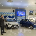 2015 Hyundai Elite i20 and i20 Active front quarters launched in Nepal
