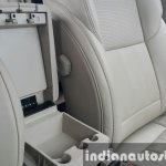 2015 Mahindra XUV500 (facelift) central storage space review