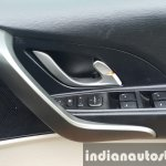 2015 Mahindra XUV500 (facelift) door controls review