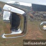 2015 Mahindra XUV500 (facelift) door handle review