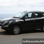 2015 Mahindra XUV500 (facelift) front three quarter (1) review