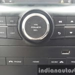 2015 Mahindra XUV500 (facelift) infotainment controls review
