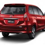 2015 Toyota Grand New Veloz rear three quarter press image