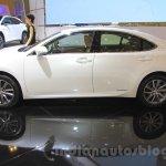 2016 Lexus ES300h side at the 2015 Gaikindo Indonesia International Motor Show (2015 GIIAS).
