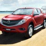 2016 Mazda BT-50 PRO front three quarter official