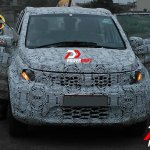 2016 Tata Hexa SUV front view spotted testing