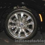 Chrysler 300C wheel at the Indonesia International Motor Show 2015