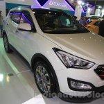 Hyundai Santa Fe D-Spec front three quarter at the 2015 Indonesia International Motor Show