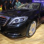 Mercedes Maybach S-Class S500 front three quarter Gaikindo Indonesia International Auto Show 2015