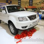 Tata Xenon XT 2.2 front three quarter at the 2015 Gaikindo Indonesia International Auto Show
