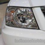 Tata Xenon XT 2.2 headlamp at the 2015 Gaikindo Indonesia International Auto Show