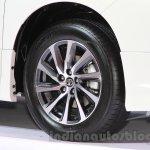 Toyota Alphard Hybrid wheel at the Gaikindo Indonesia International Auto Show 2015