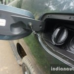 2015 Ford Endeavour fuel flap (Review)