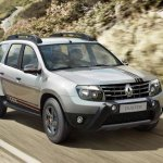 2015 Renault Duster Explore Edition front three quarter launched