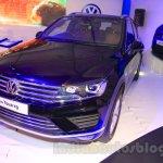 2015 VW Touareg front quarter at the 2015 NADA Auto Show