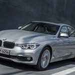 2016 BMW 330e front press shot