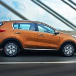 2016 Kia Sportage side press shots
