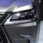 2016 Lexus LX 570 headlight at the 2015 Chengdu Motor Show