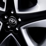 2016 Toyota Prius alloy wheel design North American specification official image