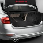 BMW 330e PHEV boot volume unveiled