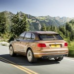 Bentley Bentayga rear quarters press shots