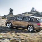 Bentley Bentayga side press shots