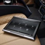 Bentley Bentayga tablet press shots