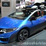 Honda Civic Tourer Active Life Concept front three quarter left at IAA 2015