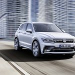 India-bound 2016 VW Tiguan R-Line front quarter unveiled ahead of debut