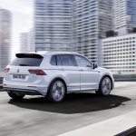 India-bound 2016 VW Tiguan R-Line rear three quarter unveiled ahead of debut