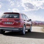 India-bound 2016 VW Tiguan rear quarter unveiled ahead of debut