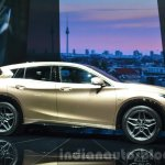 Infiniti Q30 side view at IAA 2015