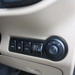 Mahindra TUV300 ORVM, Start:stop controls first drive review