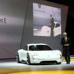 Porsche Mission E (Porsche Pajun) front unveiled