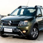 Renault Duster Oroch (Duster pick-up) front quarter (1) launched in Brazil