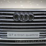 2016 Audi Q7 e-tron grille at the 2015 Tokyo Motor Show