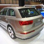 2016 Audi Q7 e-tron rear quarters at the 2015 Tokyo Motor Show