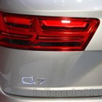 2016 Audi Q7 e-tron taillight at the 2015 Tokyo Motor Show