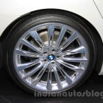 2016 BMW 7 Series rim at the 2015 Tokyo Motor Show