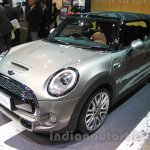 2016 Mini Convertible front quarters at the 2015 Tokyo Motor Show