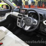 Daihatsu Cast Style interior at the 2015 Tokyo Motor Show