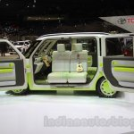Daihatsu Hinata side with door open at the 2015 Tokyo Motor Show