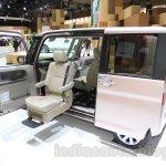 Daihatsu Tanto Welcome Seat at the 2015 Tokyo Motor Show