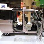 Daihatsu Tanto Welcome Seat side at the 2015 Tokyo Motor Show