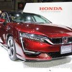 Honda Clarity Fuel Cell front three quarter left