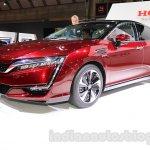 Honda Clarity Fuel Cell front three quarters left